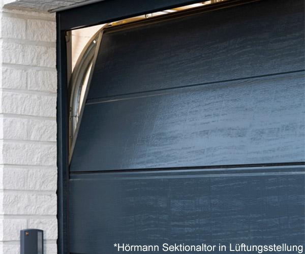 hoermann-sektionaltor-in-lueftungsstellung