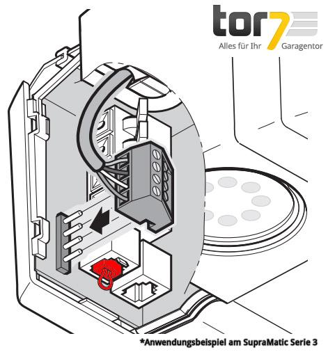 hoermann-brueckenstecker-fuer-ruhestromkreis-an-systembuchse-montageabbildung-supramatic-serie3