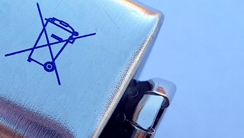 Symbol: Batterien nicht im Hausmüll entsorgen | Durchgestrichene Mülltonne